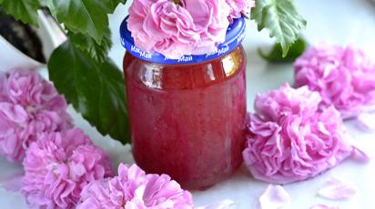 Рецепт приготування дивовижного варення з чайної троянди